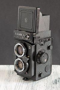 Analoge Mittelformatkamera Yashica Mat 124G